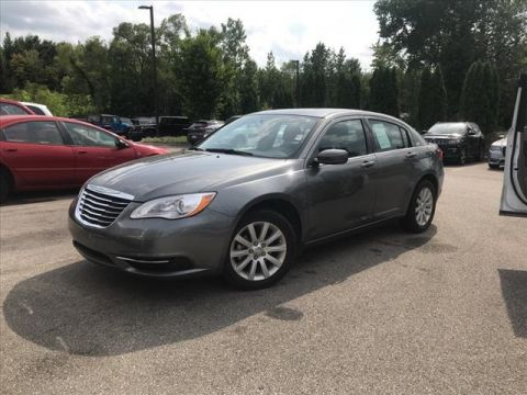 Certified Pre-Owned 2013 Chrysler 200 Touring